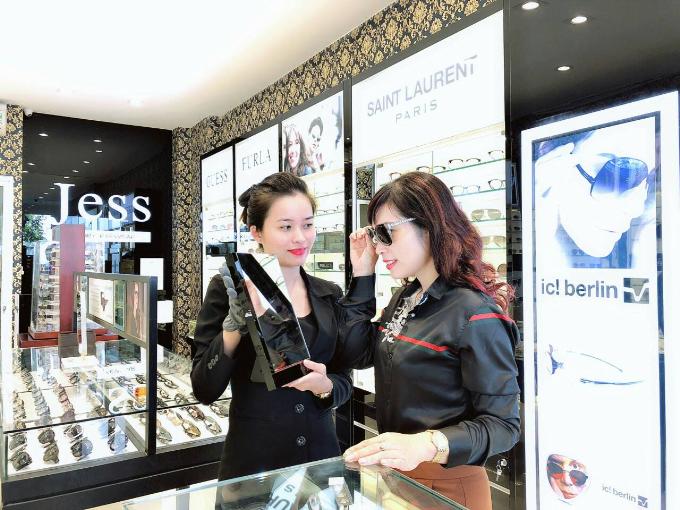 Mua một tặng một dịp khai trương Jess Luxury Eyewear - 2