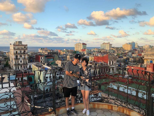Song Hye Kyo trong bức hình chụp tại Cuba cuối tháng 10.