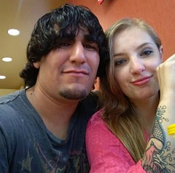 Zachary Koehn và bạn gáiCheyanne Harris đã bị bắt sau cái chết của con trai. Ảnh: Mirror.