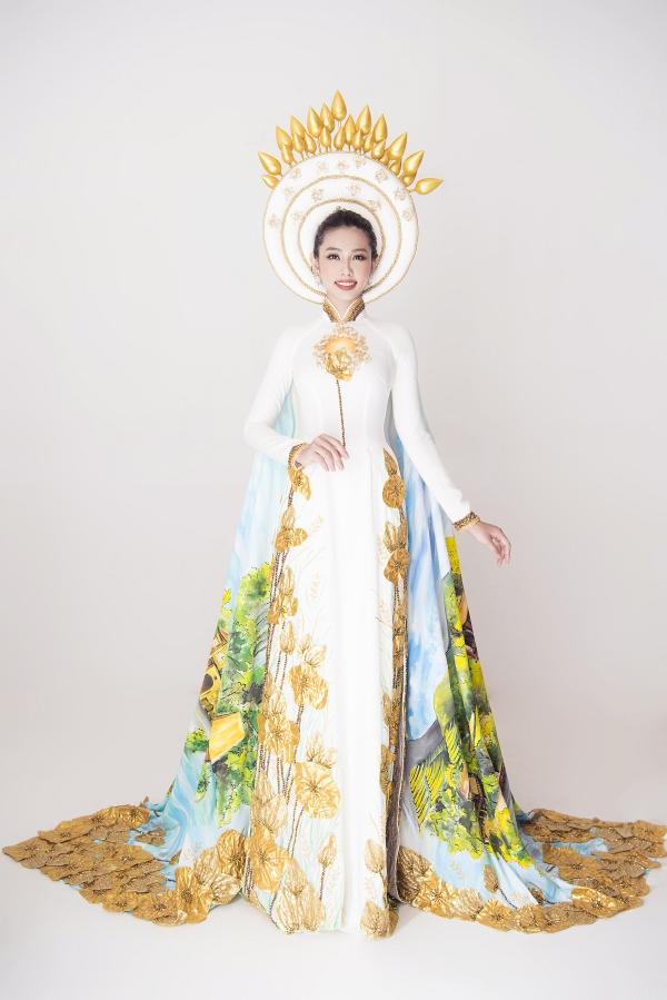 Nguyễn Thúc Thùy Tiên là đại diện Việt Nam tại cuộc thi Miss International 2018, tổ chức ở Nhật Bản.