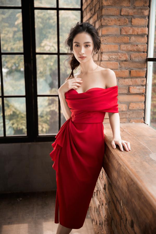 Jun Vũ diện đầm khoe vòng một nóng bỏng - 5