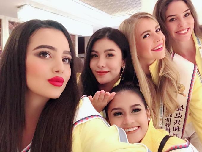 Đối thủ của Hoa hậu Phương Khánh diện váy ôm khoe vóc dáng - 8