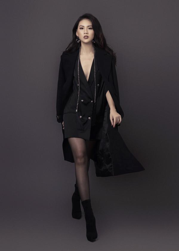 Siêu mẫu chia sẻ, cô chọn hướng đilà một người mẫu đa phong cách vì thế bản thân không ngạithử sức với nhiềui lĩnh vực nghệ thuật.