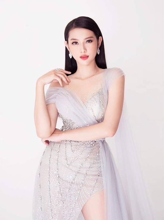 Người đẹp Nguyễn Phúc Thùy Tiên.