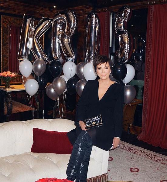 Mẹ của Kim Kardashian rất vui vì được bạn trai tổ chức sinh nhật lãng mạn.