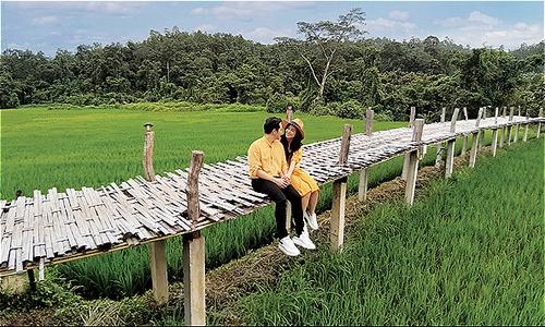 Đông Nhi, Ông Cao Thắng chia sẻ cách chụp ảnh đẹp khi đi du lịch