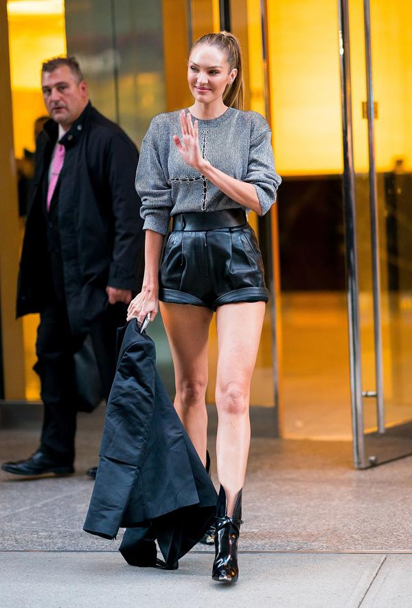 Dàn mẫu Victorias Secret mặc cực chất đi thử đồ trước show