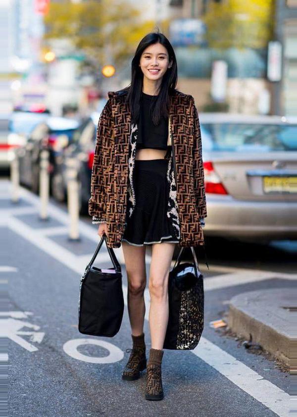 Dàn mẫu Victorias Secret mặc cực chất đi thử đồ trước show - page 2 - 4
