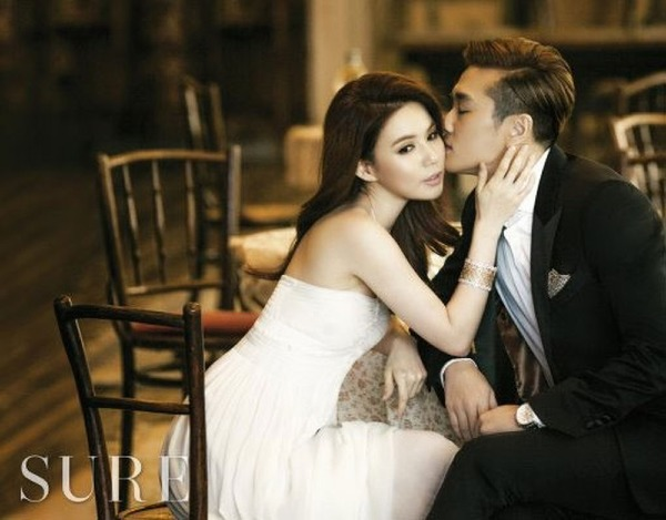 Jin Tae-hyun and sister Park Si-hye will get to know each other someday when they participate in Pure Pumpkin Flower 2010. Just learning both will start dating. Three years later, keep your hands on a pair of small screens. In 2015, they decided to marry five years after their date. Currently Park Si-eun and Jin-Tae Hyun live happily without children.