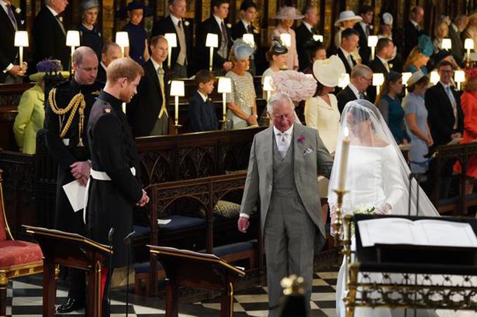 Hoàng tử William: Bố tôi dành quá ít thời gian cho các cháu - 1