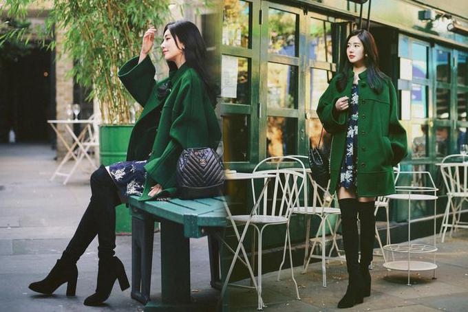 Phối váy mùa thu cùng các kiểu áo ấm và bốt da cao cổ là công thức được các tín đồ thời trang Hàn Quốc yêu thích. Nếu khéo mix tỉ  lệ váy và phụ kiện phù hợp thì bạn gái sẽ tôn chiều cao một cách đáng kể.