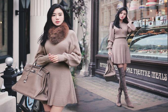 Vào những ngày đầu đông, tiết trời chưa quá lạnh để có thể diện các kiểu áo lông, măng tô nhưng chị em công sở có thể sử khăn lông, khăn choàng để tạo điểm nhấn cho trang phục.