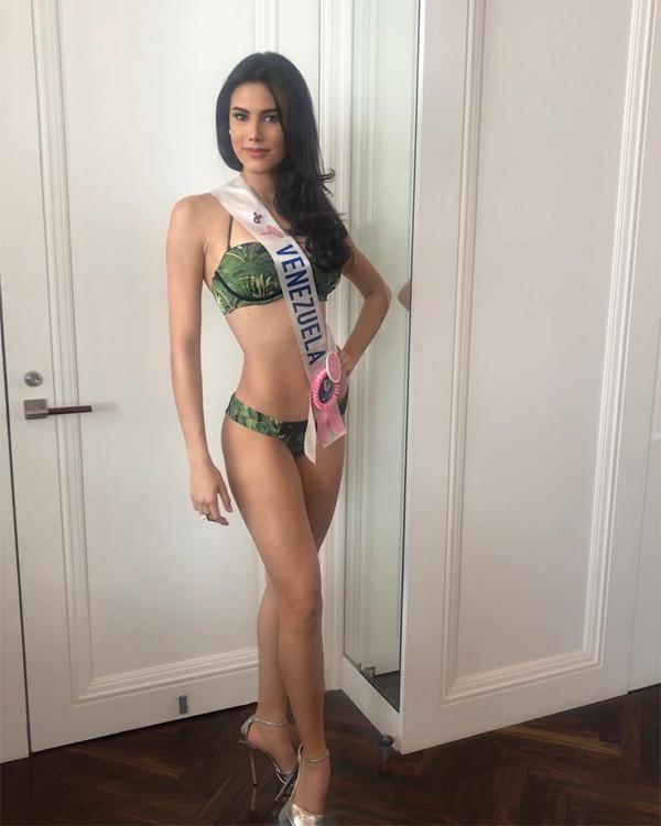 Với chiều cao 180 cm và thân hình gợi cảm, Mariem là một người mẫuở Venezuela.