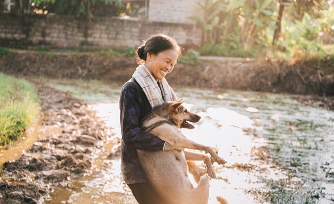 Người mẹ nông dân trong mắt con trai nhiếp ảnh gia - ảnh 8