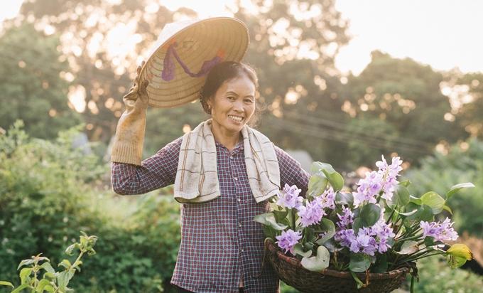 Người mẹ nông dân trong mắt con trai nhiếp ảnh gia - ảnh 3