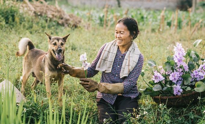 Người mẹ nông dân trong mắt con trai nhiếp ảnh gia - ảnh 4