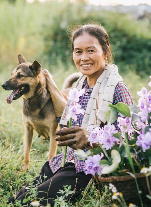 Người mẹ nông dân trong mắt con trai nhiếp ảnh gia - ảnh 5