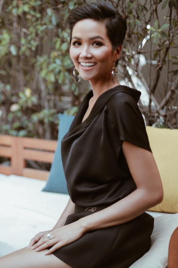 Thúy Vân khuyên HHen phải tin bản thân đẹp nhất tại Miss Universe - 7