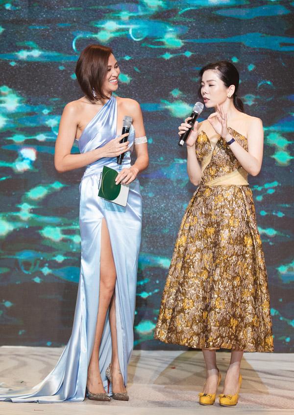 MC Phương Mai đọ dáng với Đỗ Mỹ Linh tại event - 7