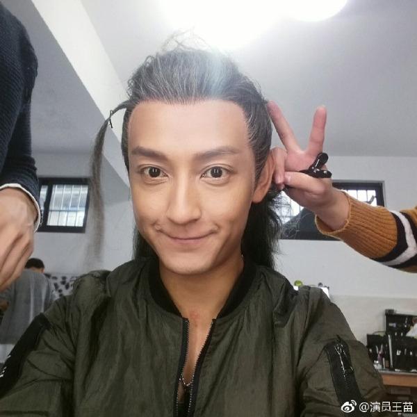 Nam diễn viên Vương Miêu.