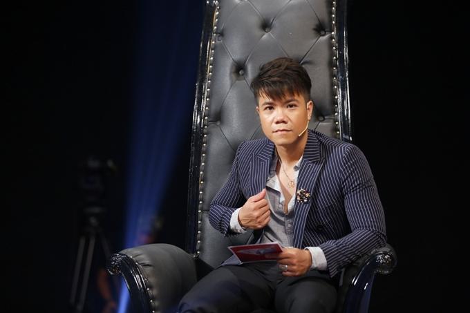 Ca sĩ Đinh Mạnh Ninh sẽ ủng hộ bạn gái phẫu thuật thẩm mỹnếu lựa chọn đó giúp cô ấytự tin hơn.