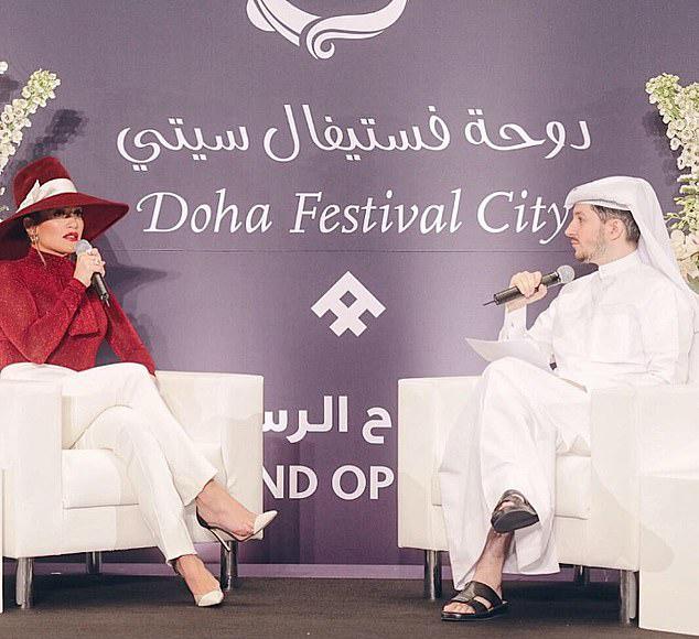 Jennifer Lopez nhận 2 triệu USD cho 20 phút diễn ở Qatar - 1