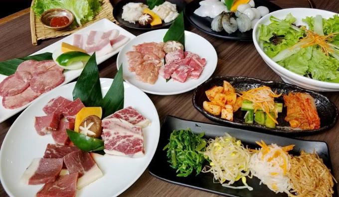 Yakiniku Takumi-Ya mới xuất hiện tại Hà Nội vào những tháng đầu năm 2018 nhưng đã ghi dấu ấn trong lòng những tín đồ ẩm thực Nhật.