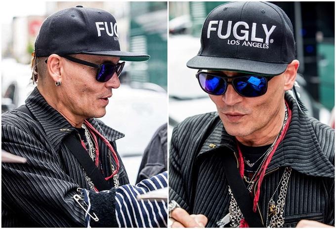 Thời gian đó, Johnny Depp xuất hiện trên phố với ngoại hình tiều tụy và gầy rộc.