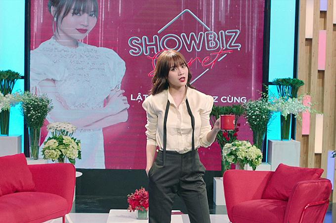 Êkíp bộ phim Gái già lắm chiêu 2 vừa ra mắt trailer đầu tiên, giới thiệu rõ nét về các nhân vật chính. Ninh Dương Lan Ngọc vào vai Ms. Q -một phụ nữ 34 tuổi,thành đạt, sang chành và hiện đảm nhận host chương trình Bí mật showbiz.