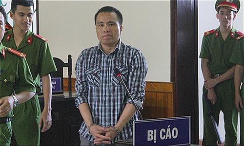 Cố tình cán chết nam sinh sau tai nạn, tài xế lĩnh 12 năm tù