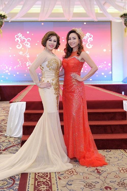 Người đẹp sánh vaiMrs Taiwan International Global 2018 Châu Mai Thảo.