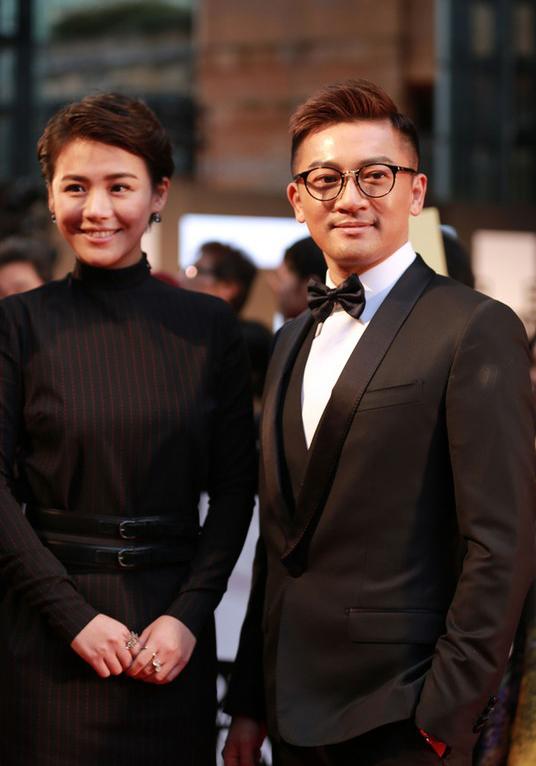 Tô Hữu Bằng nổi tiếng kín tiếng trong chuyện tình cảm, anh chưa từng dính tin đồn hẹn hò ai. Đây là lần đầu tiên anh bị đồn đang tìm hiểu một cô gái.