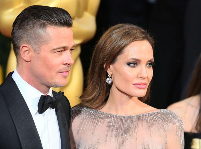 Brad Pitt và Angelina Jolie vẫn chưa hoàn tất ly hôn sau 2 năm chia tay.