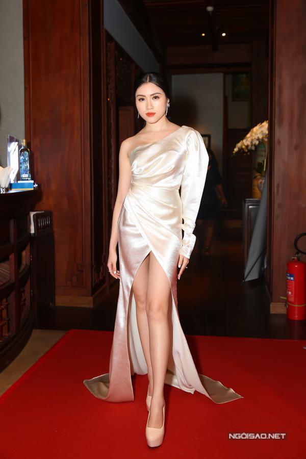 MC Thanh Thanh Huyền sở hữu làn da trắng mịn.