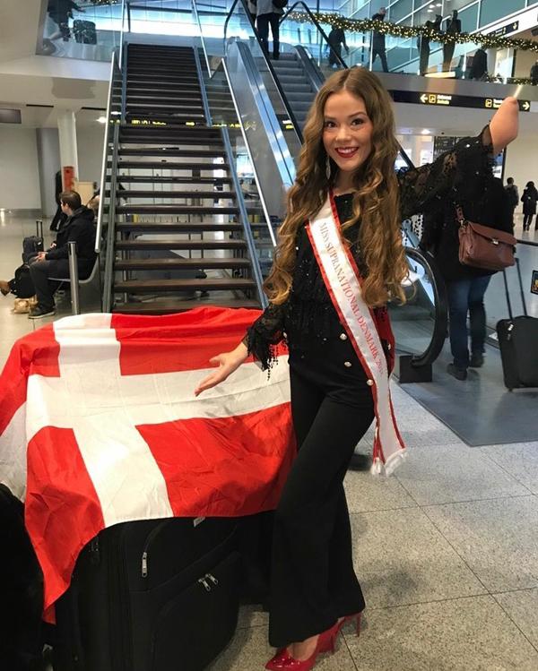 Được tham dự cuộc thi sắc đẹp quốc tế Miss Supranational cũng là một trong những niềm mơ ước từ lâu của Celina. Cô tự hào đại diện cho đất nước tới Hà Lan thi tài cùng 64 thí sinh khác trên khắp thế giới.