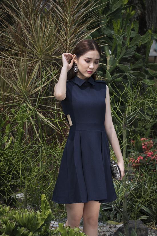 Bộ ảnh được thực hiện với sự hỗ trợ của nhiếp ảnh Đại Ngô, người mẫu Quỳnh Hương.