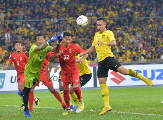 Malaysia hạ Myanmar, đưa Việt Nam lên nhất bảng