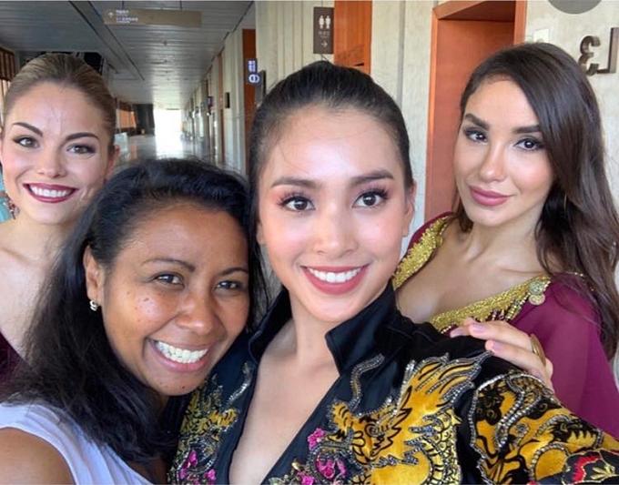 Tiểu Vy nỗ lực thể hiện bản thân ở nửa chặn đường đầu Miss World - 1