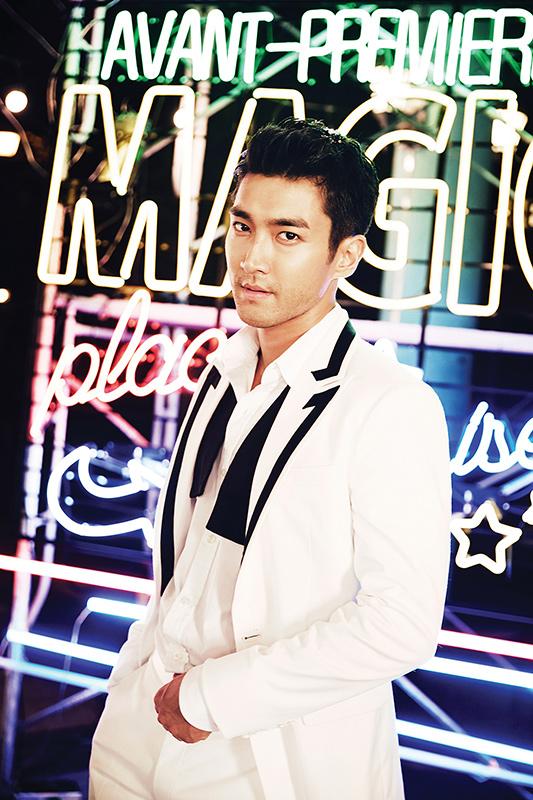 Ca sĩ, diễn viên Choi Si Won là chủ nhân khối tài sản ước tính 35 triệu USD. Thành viên của Super Junior thời gian gần đây đang bận rộn với vai trò đại sứ của UNICEF.