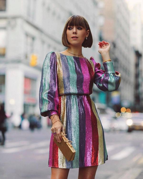 Diện trang phục lấp lánh xuống phố là một trong những trào lưu thịnh hành ở mùa mốt thu đông 2018.