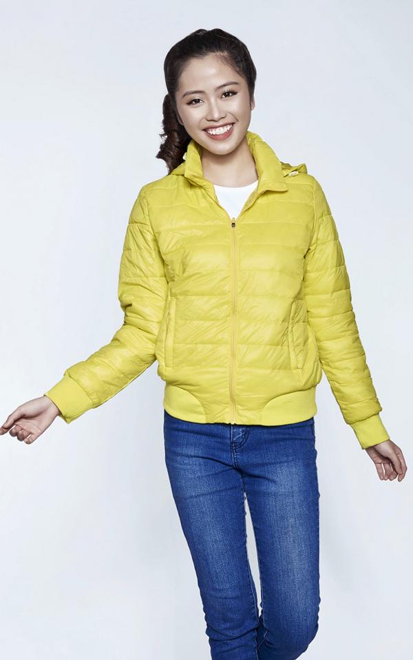 Với thiết kế thời trang, lịch sự, tông màu hiện đại, chất liệu vải không thấm nước,áo khoác nữ Kisetsu phù hợp với nhiều đối tượng trong tiết trời thu đông đang đến gần.