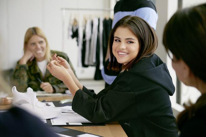Bên cạnh âm nhạc và diễn xuất, Selena có thêm niềm đam mê với thời trang. Cô đã ký hợp đồng thiết kế và đại diện hình ảnh cho Puma trong vòng hai năm, từ 2017 đến 2019. Giọng ca Slow Down được hãng thời trang này trả cho khoản cát-xê khổng lồ 30 triệu USD.