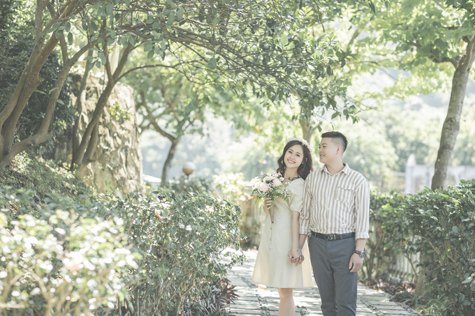 Cặp yêu xa kể chuyện tình bằng bộ ảnh cưới phong cách Hàn Quốc