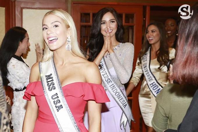 Hoa hậu Mỹ, Sarah Rose Summers xuất hiện với phong cách gợi cảm bên cạnh các người đẹp Indonesia và Honduras.