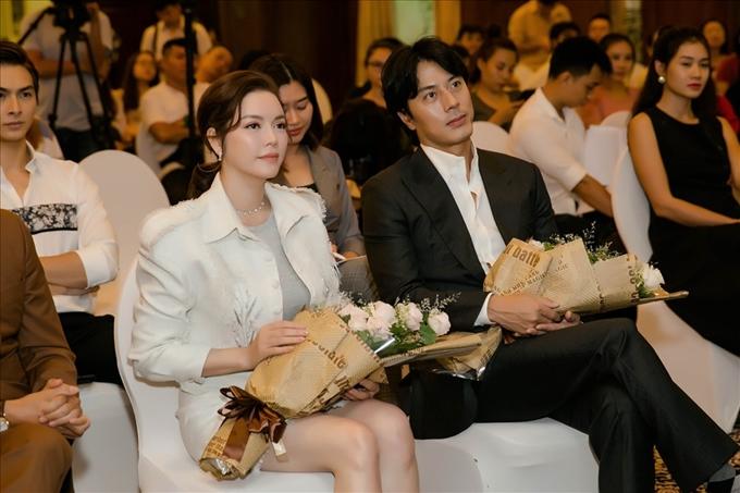 Lý Nhã Kỳ và Han Jae Suk tại sự kiện họp báo phim Thiên đường đầu tháng 10 năm nay.