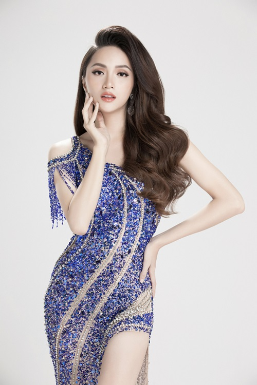 Hoa hậu Hương Giang đồng với chiến dịch Cách mạng nhan sắc của Thẩm mỹ viện Ngọc Dung.