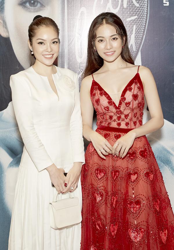 Diễn viên Dương Cẩm Lynh diện cây trắng thanh lịch đọ sắc với ca sĩ 9X.