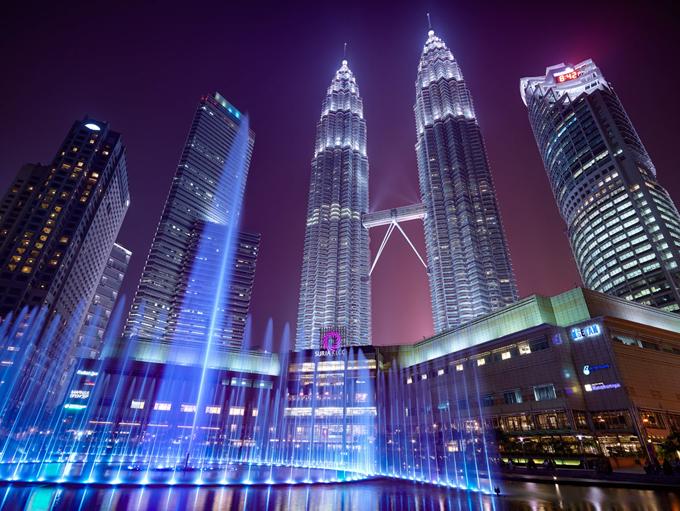 Đi Kuala Lumpur cẩn thận sa ngã ở các trung tâm thương mại mùa sale