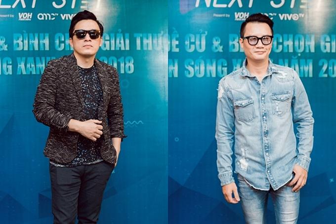 Ca sĩ Lam Trường (trái) và nhạc sĩ Hồ Hoài Anh tham dự buổi họp báo giải thưởng vào chiều 4/12. Ảnh: Salom
