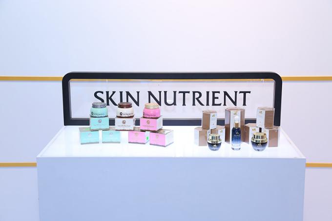 Đàm Vĩnh Hưng, Hương Giang hội ngộ tại sự kiện ra mắt mỹ phẩm Skin Nutrient - 1